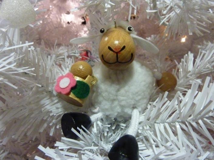 Billy the Sheep at Christmas