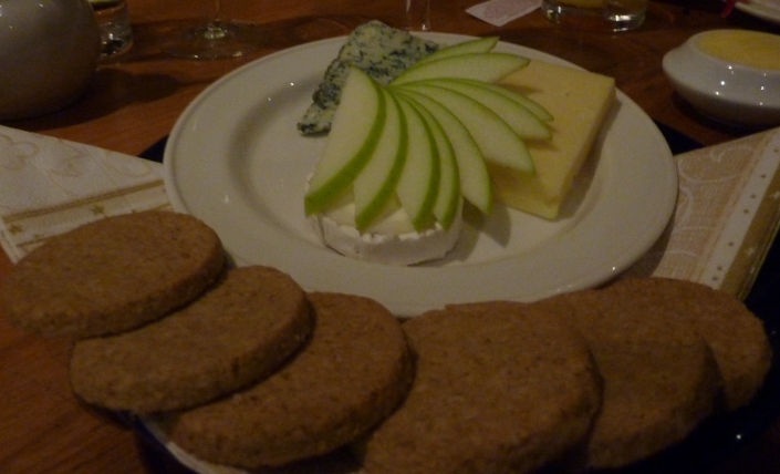 Trio of Iain J Mellis' Organic Scottish Cheeses with Oatcakes